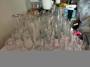 53 bicchieri di vari tipi