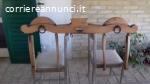 Antico giogo in legno