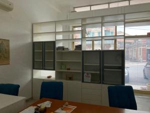Arredamento ufficio libreria