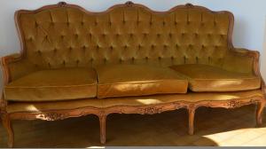 Divano e 2 poltrone vintage anni 60 velluto/legno