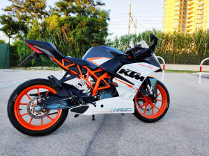 KTM RC 390 anno 2016 unico proprietario