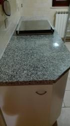 pietra granito grigio-nero
