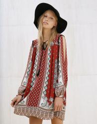 Stock abbigliamento donna BERSHKA e STRADIVARIUS