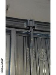 Vendo Basculante in acciaio zincato H. 260 X L. 285 cm
