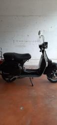 Vendo Vespa Piaggio px 150